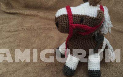 Amigurumi Que Es : Duque perrito amigurumi u amigurumi duende de los hilos